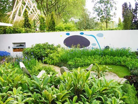 amenajare gradini moderne cu ferigi si ierburi decorative amenajare gradina