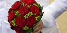 25 cele mai frumoase Buchete de mireasa din trandafiri